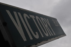 Victory Blvd (Triborough) Tags: ny nyc newyork newyorkcity richmondcounty statenisland travis sign streetsign roadsign