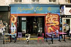 Quartier de Belleville - Enseigne de l'Hydromel Café, visible au n°9 de la rue Dénoyez (T.Oscar) Tags: tag street art urban graffiti peinture graff paris france french paint hip hop belleville 19ème xixème 19 xix rue dénoyez denoyez hydromel café
