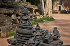 Ta Prohm – Cairn (Thomas Mülchi) Tags: angkor siemreap cambodia 2018 siemreapprovince taprohm cairn cairns temple krongsiemreap kh