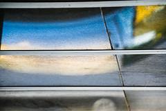 18-08-19 refl sonauf mond dach _dsc0063-1 (ulrich kracke (many thanks for more than 1 Mill vi) Tags: abstrakt diagonale eingang horizontale nah pulverstr reflektion sonnenaufgang struktur