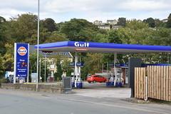 Gulf, Highburton West Yorkshire. (EYBusman) Tags: gulf petrol gas gasoline filling service station garage highburton west yorkshire huddersfield certas texaco eybusman
