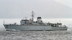 HMS Chiddingfold (Gedour Ar Minou - Shipspotter) Tags: shipspotting france bretagne brittany brest goulet naviresmilitaires navyships chasseurdemines minehunter royalnavy huntclass hmschiddingfold
