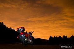 Noche (DOCESMAN) Tags: moto motorcycle bike nocturna noche night honda deauville nt700v