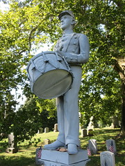 Zinc Union Army Drummer Boy Clarence Mackenzie 0980 (Brechtbug) Tags: pale blue zinc union army drummer boy statue clarence mackenzie 1848 1861 buried 1862 first brooklyn native die during civil war 12 year old for brooklyns thirteenth regiment killed by friendly fire while stationed annapolis maryland greenwood cemetery new york city 2018 nyc september 09162018
