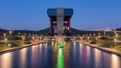 Ascenseur de Strepy-Thieu (vanregemoorter) Tags: canal ascenceur eau light bluehour ciel
