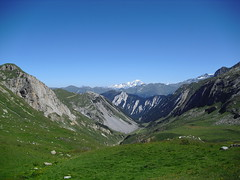 Rando 2018 (96) (Mark Konick) Tags: alpen alpes alpi alps backpacking bergsee bergtour bergwandern bivouac gebirge hiking lac lago lake markkonick montagnes mountains nathaliedeligeon randonnée trekking wandern italy italie italia italien france francia frankreich bouquetin ibex cabramontés stambecco steinbock chamois camoscio gamuza rebeco gams gämse gemse gämsbock gemsbock moutons sheep vaches vacas kühe mucche vacche cows cascade chuted'eau waterfall wasserfall cascata cascada saltodeagua