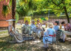 Napoleonici (MarcoPistolozzi) Tags: rievocazionestorica napoleonici grupponapoleonici fotodelpassato personaggi allaperto aut color parigine donne