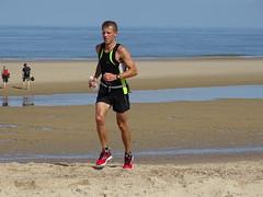 DSC08862 (corradookp) Tags: kustloop vrouwenpolder strand oostkapelle running beach run