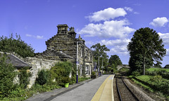 A very country railway station (Paul Thackray) Tags: yorkshire northyorkshiremoorsnationalpark eskvalley danby danbyrailwaystation platform 2018