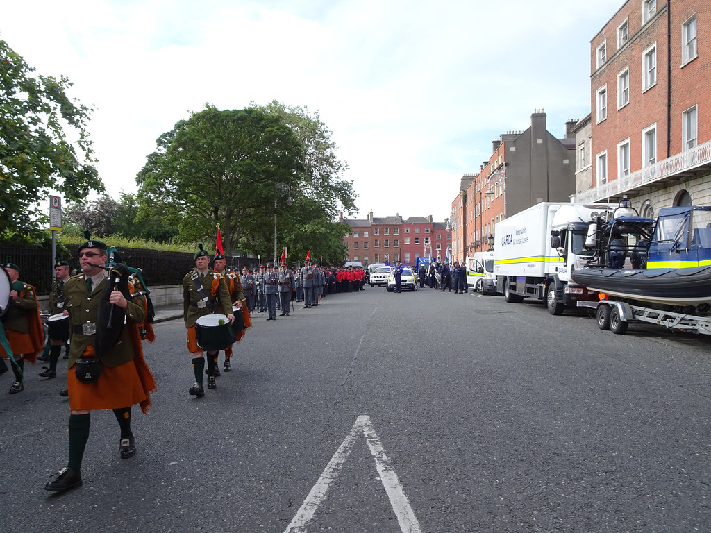 NATIONAL SERVICES DAY [PARADE STARTED OFF FROM NORTH PARNELL SQUARE]-143631