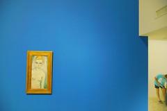 Complementary figures (Mi-Fo-to) Tags: venezia venice museum museo arte art figure sigma 19 28 sony a7 full frame lens apsc vac foundation fondazione leonidmikhelson nudo femminile kees van dongen dipinto female nude painting portrait