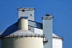 4 : 3 (roberke) Tags: silo deur door industrie gebouw sky lucht blauw blue bleu trap stairs rooftop roof lijnenspel schaduw shadow reling calais windows venster raam