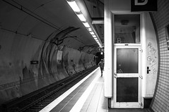 Subwaystation impressions 1 (R. Henne) Tags: subway blackandwhite sw bw monochrome nikon d300