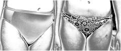 Bikini (nori pi) Tags: bikini höschen sw muster bauchnabel beine bauch