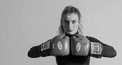 """A computer once beat me at chess, but it was no match for me at boxing"" -- Emo Philips. (Alex-de-Haas) Tags: 50mm d5 dutch holly nederlands nikkor nikon boksen bokshandschoenen boxing boxinggloves casting female fighter girl individual jeugd jeugdig jong meisje mensen people person persoon photoshoot portrait portret profiel profile sport studio teen teenager tiener vechter young youth youthful"