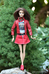 lady in red (photos4dreams) Tags: photos4dreams p4d photos4dreamz barbie doll dress mattel toy barbies girl play fashion fashionistas outfit kleider mode photoshoot outdoor red rot kleid