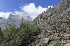 direction l'Au de Mex (bulbocode909) Tags: valais suisse mex montagnes nature arbres forêts nuages paysages sentiers vert bleu rochers rocherdegagnerie lavierge groupenuagesetciel