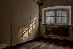 carmel de la réparation-0113 (Under The Dust) Tags: urbex couvent convent carmel abandonne religious