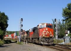 CN 120 (Michael Berry Railfan) Tags: cn canadiannational cn120 train freighttrain sthenri montreal montrealsub quebec cofc intermodaltrain intermodal stacktrain doublestacks ge generalelectric gevo es44ac cn2809 cn2693 bcol4612 dash9 dash944cw bcol bcrail dash840cmu