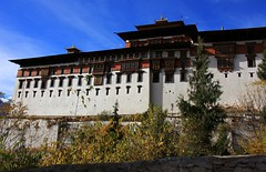 Fortress of Paro Rinpung (76) (ailognom2005) Tags: fortress fortressofparo bhutan oldbuildings dzong rinpung religion bhuddism rinpungdzong