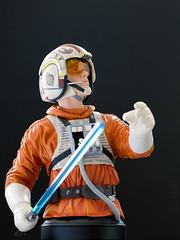 Luke Skywalker (Snowspeeder Pilot)   Mini Bust   Gentle Giant (leadin2) Tags: canon 2018 starwars star wars mini bust minibust gentlegiant gentle giant episode v empire strikes back battle hoth deluxe snowspeeder pilot esb