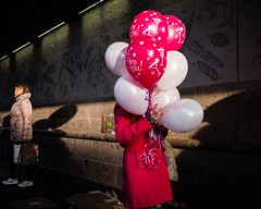 Hen Night Ahoy (XBeauPhoto) Tags: balloons feb2018candid fujx100f london citylife henparty red shadows streetphoto streetphotographyurban