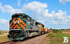 2/2 UP 1983 Leads SB Military Containers Chiles, KS 9-15-18 (KansasScanner) Tags: kansascity missouri kansas chiles paola coffeyvillesub up westernpacific wp up1983 train railroad