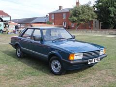 1982 Ford Cortina 1.6 Base (quicksilver coaches) Tags: ford cortina base pme576x miltonkeynes