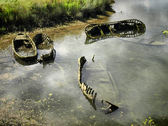 Naufragi (ester68) Tags: barcas barques boats naufragi naufragio ribadesella astúries asturies asturias wreck riu río river sella