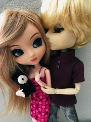 molly and dylan (angelwxngs) Tags: obitsu dylan molly junplanning planning jun jp hautela la haute andrew doll taeyang pullip