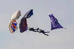 DSC03540 (Brian Wadie Photographer) Tags: twister arrows parachute wingwalkers