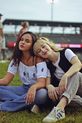 Baseball Game (TheJennire) Tags: photography fotografia foto photo canon camera camara colours colores cores light luz young tumblr indie teen adolescentcontent people portrait blonde fashion style girls friends 2018 50mm makeup baseballgame indianapolis indiana usa eua summer outfit