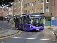 trent barton 214 Nottingham (Guy Arab UF) Tags: trent barton 214 yy18trz alexander dennis e20d enviro 200 mmc bus mount street nottingham indigo wellglade buses wellgladegroup