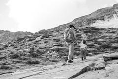 mano (MarcoAgustoniPhotography) Tags: viola cava val pontirone blenio passeggiata camminare mano nella bimbo mamma