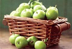 Postcrossing RU-6709753 (booboo_babies) Tags: green apples basket food postcrossing