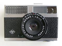 Agfa Silette LK (pho-Tony) Tags: photosofcameras agfasilettelk agfa coloragnar 128 45mm parator agfacoloragnar12845mm f28 agnar selenium seleniummeter optima 200 sensor optima200sensor redbutton 1969 germany madeingermany german compact 35mm film