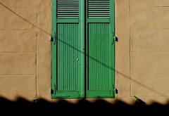 verde (Rino Alessandrini) Tags: shutter woodmaterial architecture door old cultures buildingexterior window facade wallbuildingfeature closed greencolor outdoors backgrounds blue nopeople house oldfashioned