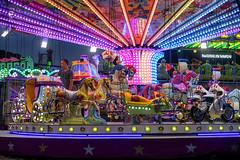Festa Major Montornès del Vallès 2018 (Jorge Franganillo) Tags: fairground fairgrounds parquedeatracciones lunapark amusementpark noche dusk twilight lights montornèsdelvallès barcelona cataluña catalunya españa spain feria fair tiovivo