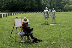En Plein Air (Anne Marie Clarke) Tags: armors steinunnthorarinsdottir sculptor sculpture pairs armor androgynous metropolitanmuseumofart cloisters forttryonpark painter easel outdoors installation enpleinair outdoor pain outdoorpainting