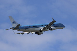 PH-EZI Embraer ERJ- 190-100STD KLM Cityhopper
