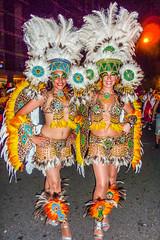 2010-02-06 Desfile de Llamadas en Montevideo (48) - Desfile de Llamadas (Parade der Rufe), Karnevalsumzug in Montevideo, Uruguay (mike.bulter) Tags: karneval carnival umzug parade karnevalsumzug desfiledellamadas frau menschen montevideo people southamerica suedamerika uruguay woman barriosur ury carnaval