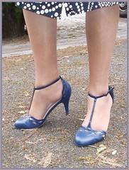 2018 - 08 -  Karoll  - 552 (Karoll le bihan) Tags: escarpins shoes stilettos heels chaussures pumps schuhe stöckelschuh pantyhose highheel collants bas strumpfhosen talonshauts highheels stockings tights