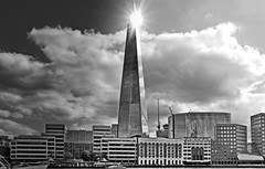 .... with sunspot .... (christikren) Tags: architecture blackwhite christikren europe sky clouds london uk theshard skyscraper 310m construction sunspot postmoderne renzopiano monochrome thames