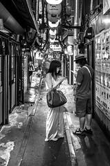 Tokyo; Shinjuku (drasphotography) Tags: tokyo tokio shinjuku japan girl boy streetphotography couple monochrome monochromatic blackandwhite bw schwarzweis bianconero urban drasphotography nikon d810 nikkor2470mmf28