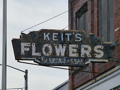 Bay City, MI Keit's Flowers ghost sign (army.arch) Tags: baycity michigan mi keits flowers neon ghost sign opalglass downtown historic historicpreservation historicdistrict nrhp nationalregister nationalregisterofhistoricplaces
