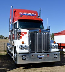 Wickhams (quarterdeck888) Tags: trucks photos truckphotos australiantrucks outbacktrucks workingtrucks primemover class8 overtheroad interstate frosty quarterdeck jerilderietrucks jerilderietruckphotos flickr bdoubles lorry bigrig highwaytrucks interstatetrucks nikon truck kenworth kenworthclassic kk kenworthclassic2018 truckshow truckdisplay workingclasstrucks noprizes t610 sar t610sar wickhams wickham wickhamfreightlines