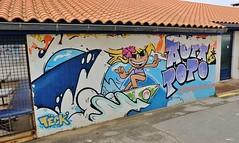 Hendaye plage (thierry llansades) Tags: socoa basque hendaye saintjeandeluz luz saintjean basquaise 64 pyrenées pireneu pyrenees pyrénées pyrenéesatlantique abadia ciboure ocean atlantic aunis atlantique armée graf graffiti graff graffitis graffs grafs graphisme art artmoderne urbanart steetart surfeuse surf