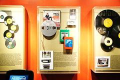 Johnny Cash Museum in Nashville TN 11.6.2018 1441 (orangevolvobusdriver4u) Tags: 2018 archiv2018 nashville tennessee usa downtown museum johnnycash johnnycashmuseum kassetten 8spur