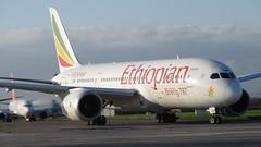 ET-AOR (Dub ramp) Tags: eidw dub dublinairport boeing787 b787 b787800 b788 ethiopian dreamliner boeing etaor