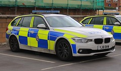 YJ18 BHW (Ben Hopson) Tags: west yorkshire police bmw 330d estate traffic car motor patrols rpu roads policing unit anpr automatic number plate recognition system camera 999 motorway new 2018 yj18 bhw yj18bhw